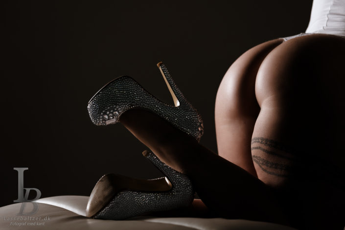 nude butt heels